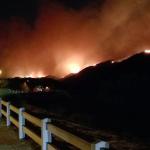 Incendi California: il Woolsey Fire si espande sotto la spinta dei forti venti, progressi contro il Camp Fire nel nord dello stato [FOTO]