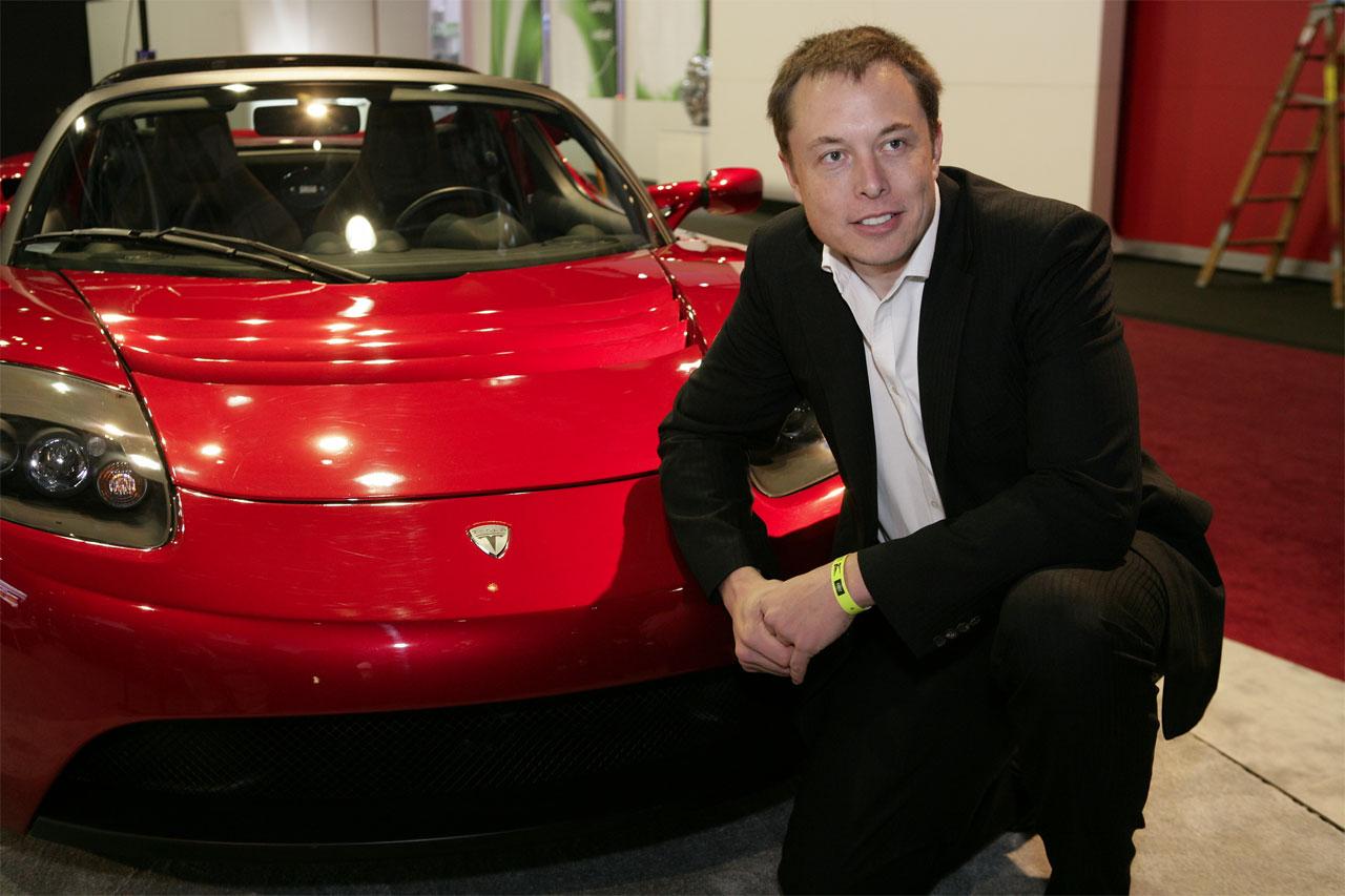 Tesla avvisa della chiusura quando Musk chiede la fine del blocco