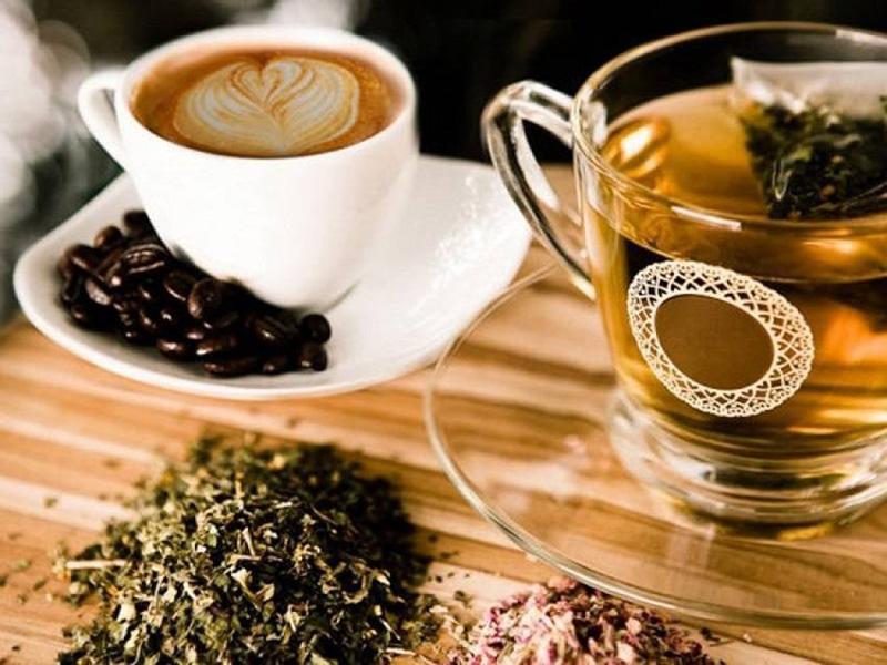 tè caffè invecchiamento salute