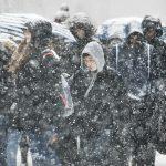 Maltempo USA, tempesta di neve e ghiaccio sulla East Coast: 7 vittime, 44 feriti e forti disagi nei trasporti [FOTO e VIDEO]