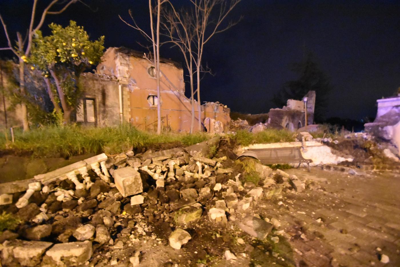 Etna terremoto catania mibac da subito al lavoro per il for Subito offerte lavoro catania
