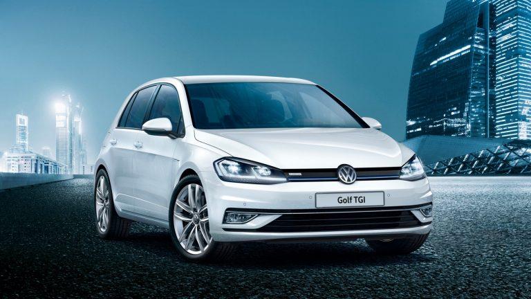 Volkswagen Golf 5 porte e Wagon da 23.250 euro