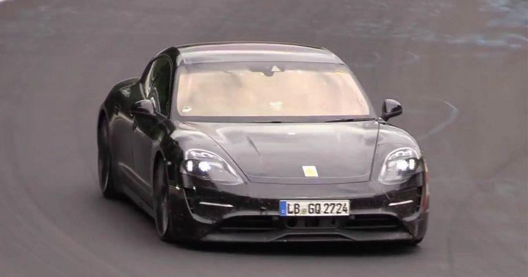 Test prototipo di Porsche Taycan