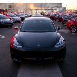 Tesla: ecco la Model 3 ordinabile in Italia con soli 2000 € [GALLERY]