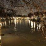 Maltempo, Centro/Nord flagellato da piogge torrenziali, neve e gelicidio: è un'altra notte terribile, anche Roma in ansia per il Tevere [LIVE]