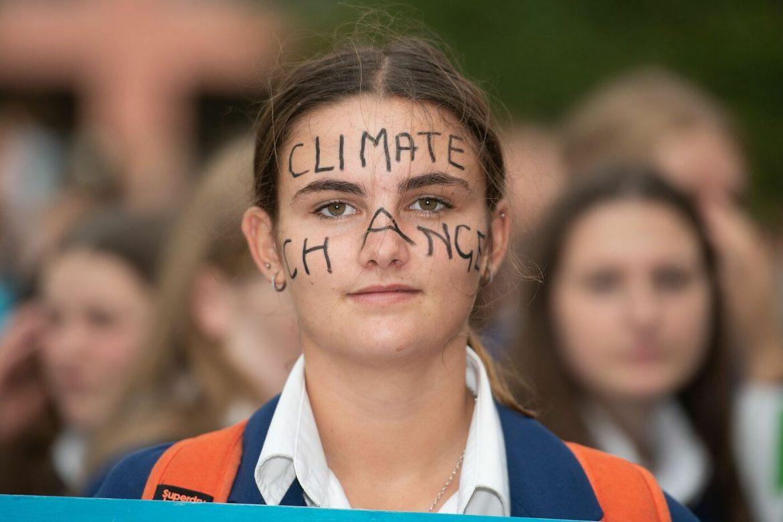 Studenti in fila per il pianeta