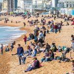 Regno Unito, prevista un'ondata di caldo shock: ad Aprile temperature di +26°C per una Primavera da record [FOTO]