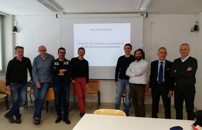 I partner riuniti a Pisa per l'avvio del progetto, da sinistra, Fabio Conti, Gabriele Casazza, Fabrizio Bartolucci, Luigi Minuto, Lorenzo Peruzzi, Gianniantonio Domina, Paolo Caputo, Gianluigi Bacchetta