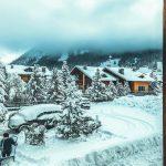 Maltempo, Alpi sommerse di neve: 4 metri in Piemonte, strade interrotte e passi chiusi in Trentino Alto Adige [FOTO]