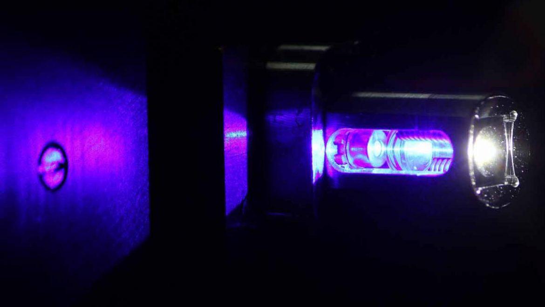 luce laser