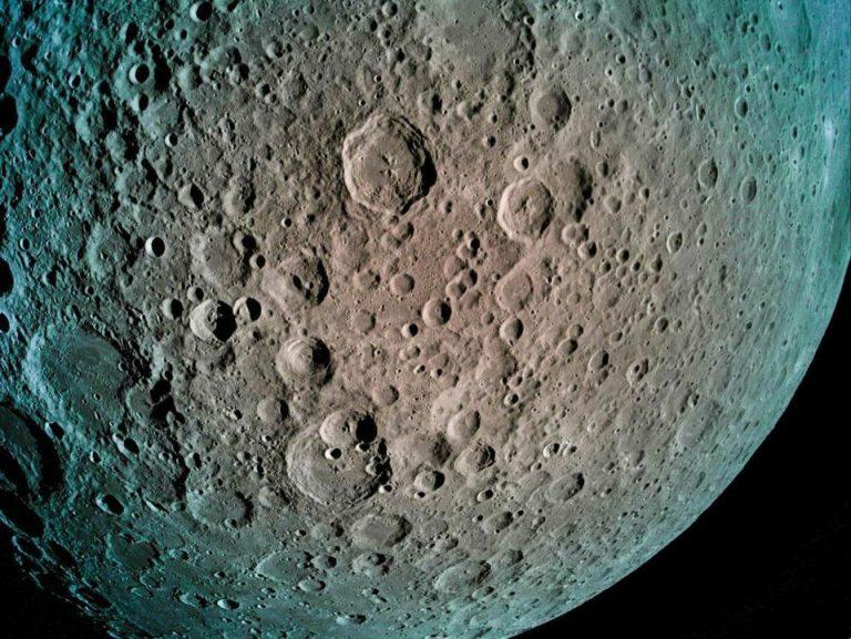 Immagine del lato nascosto della luna scattata da Beresheet. Credit: SpaceIL