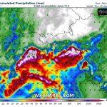 Meteo, allerta piogge torrenziali al Nord: 200mm nelle prossime 48 ore tra Friuli e Veneto [MAPPE]