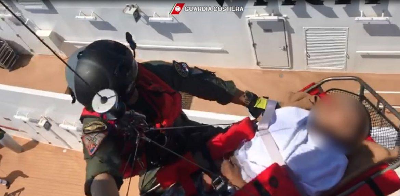 soccorso nave crociera guardia costiera