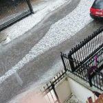 """Meteo, """"Inverno"""" di metà Maggio anche in Grecia: violente grandinate ricoprono di bianco Atene e l'Attica [FOTO]"""