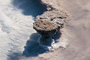 eruzione raikoke