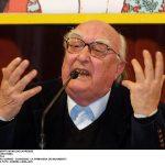 Com'è morto Andrea Camilleri: addio al grande scrittore, i funerali saranno riservati