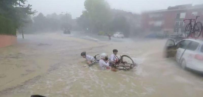 ciclisti spagna