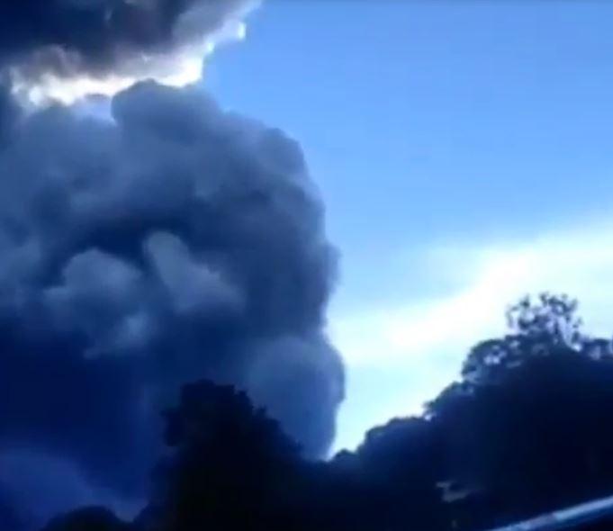 eruzione vulcano indonesia