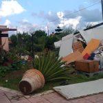 """Maltempo, disastroso tornado a Fiumicino: bombe d'acqua tra Lazio e Toscana, almeno 3 morti e 1 disperso, """"scenario di guerra"""" [FOTO]"""