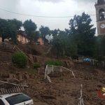 Maltempo, alluvione a Casargo nel Lecchese: frana di fango investe il paese, danni ingenti e numerosi sfollati [LIVE]