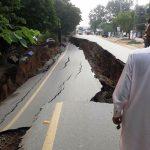 Terremoto in Pakistan, disastro per una scossa magnitudo 5.2: strade sprofondate, 23 morti e 400 feriti [FOTO e VIDEO]