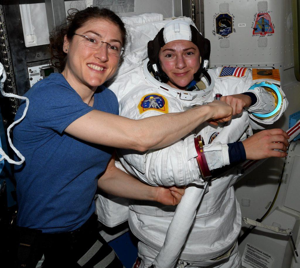 passeggiata spaziale donne