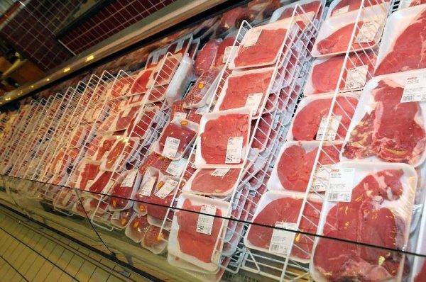 Peste suina, sequestro a Padova di carne dalla Cina