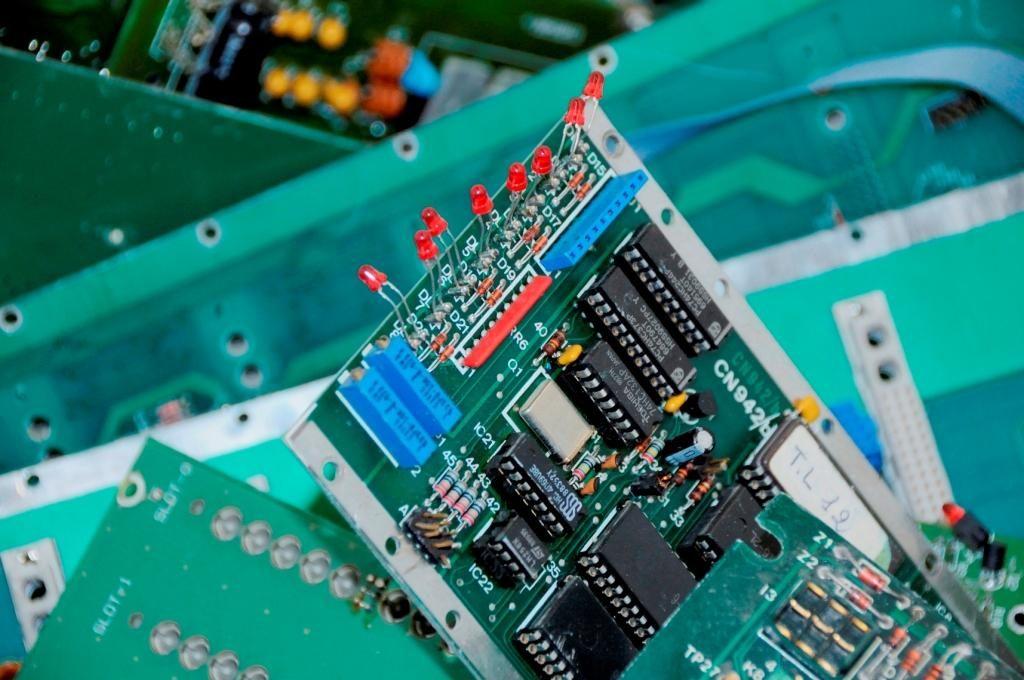 scheda elettronica raee rifiuti
