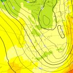 Allerta Meteo, il Ciclone Mediterraneo alza uno scirocco che ribalta l'Italia: freddo e neve in Sardegna, +25°C in Sicilia. Sarà una Domenica da incubo