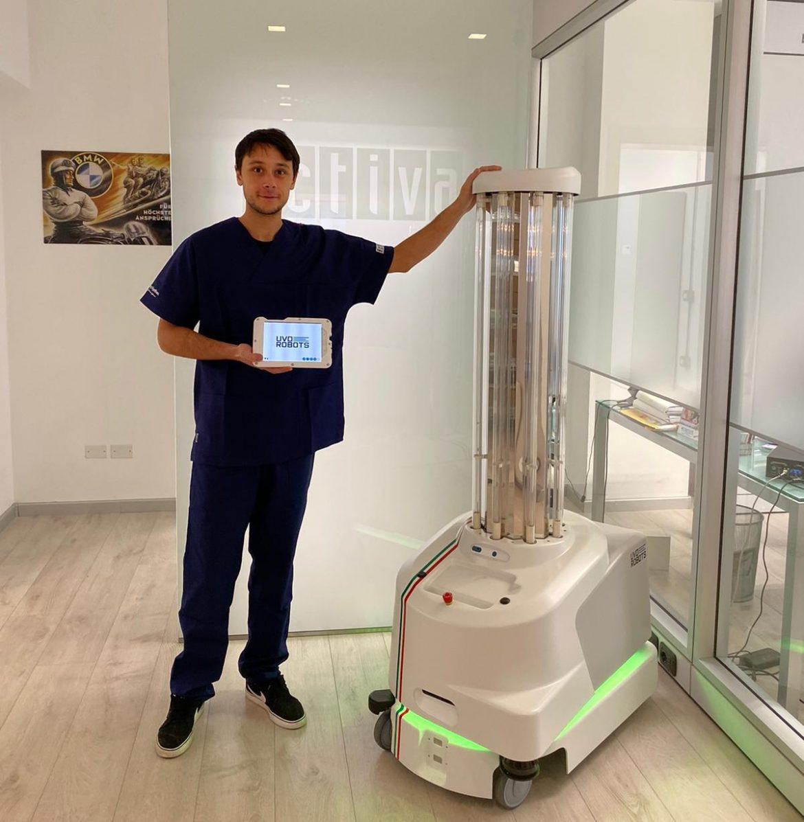 Foto UVD ROBOT - TECNICO marche infezioni ospedale