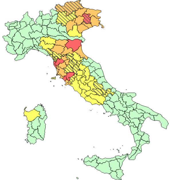 Allerta Meteo Pesantissimi Bollettini Della Protezione Civile Per Lunedì 18 Novembre Stretto Web