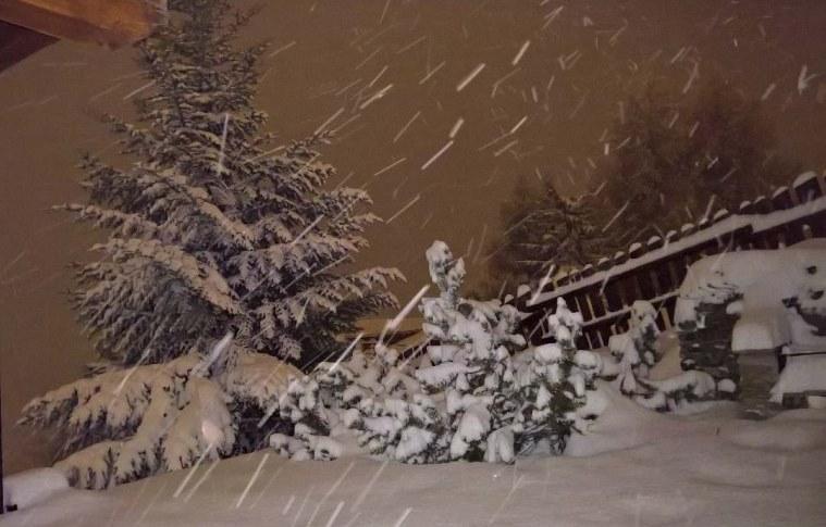neve notte alpi