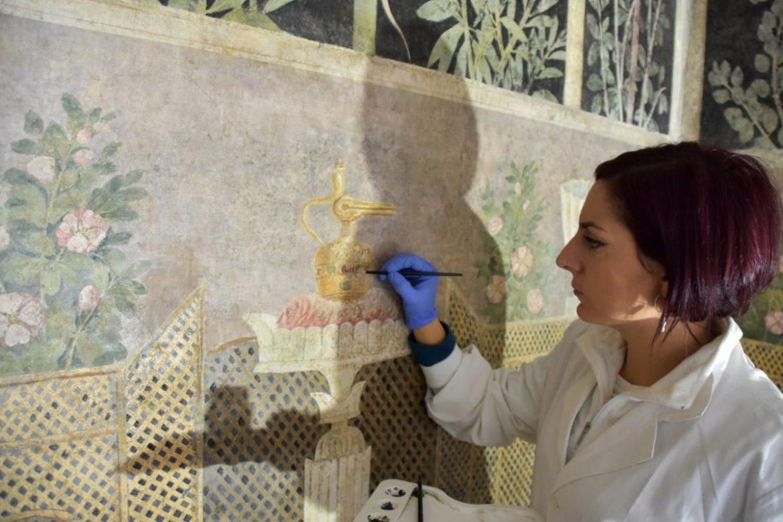 Porte aperte al cantiere di restauro degli affreschi della Casa del Frutteto Pompei