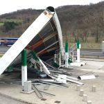 Maltempo, la Tempesta Elsa si abbatte sulla Francia prima di colpire l'Italia: venti a 207km/h sui Pirenei Atlantici, migliaia di famiglie senza energia elettrica [FOTO]