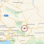 Terremoto Campania, paura a Benevento: gente in strada, scosse con epicentro a San Leucio del Sannio [LIVE]