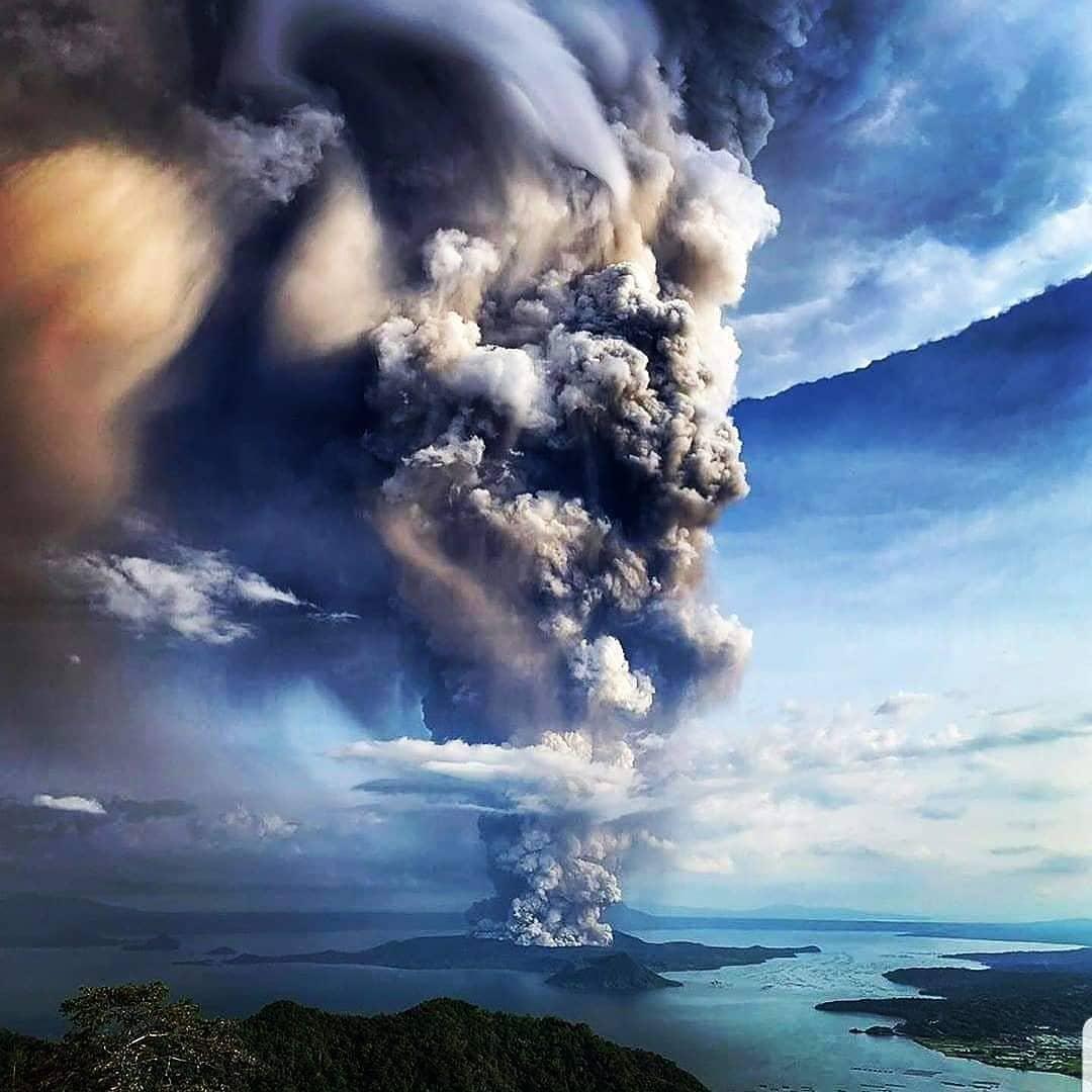 Eruzione-Vulcano-Taal-Filippine-12-Genna