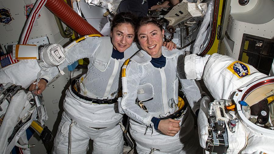 Jessica Meir e Christina Koch