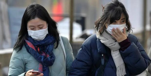Le Cinesi A Letto.Virus Cina Wuhan Prepara 2000 Letti D Ospedale Per Le Infezioni