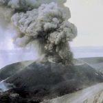 Filippine, l'eruzione del vulcano Taal del 1965: 200 morti, scene di caos e disperazione [FOTO]