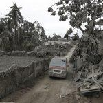 Eruzione del vulcano Taal: 2 morti e 82mila sfollati nelle Filippine [FOTO]