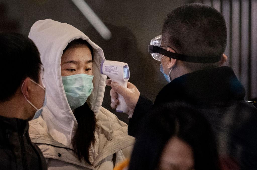Coronavirus: 3 i contagiati, la moglie del 38enne e un amico