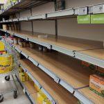 Coronavirus: città blindate, strade deserte presidiate dall'Esercito e Supermercati presi d'assalto. Tutte le FOTO dall'epicentro dell'epidemia [GALLERY]