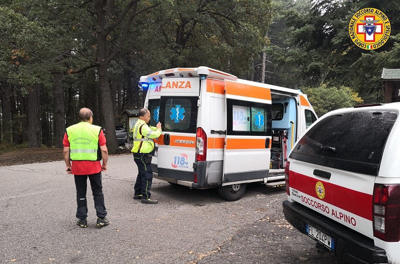 soccorso turista tedesca Etna