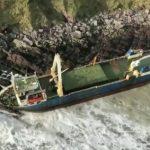 "La tempesta Dennis schianta una ""nave fantasma"" in Irlanda: era dispersa in Africa! [FOTO e VIDEO]"