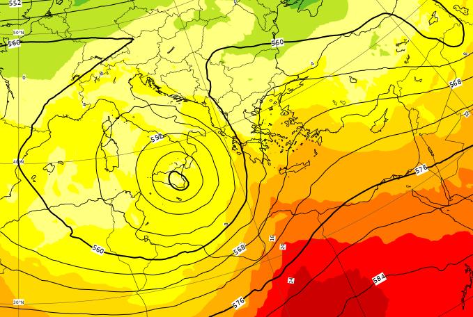 Il momento del passaggio della tempesta Mediterranea al Sud Italia, tra la serata di Venerdì 3 e la mattinata di Sabato 4 Aprile
