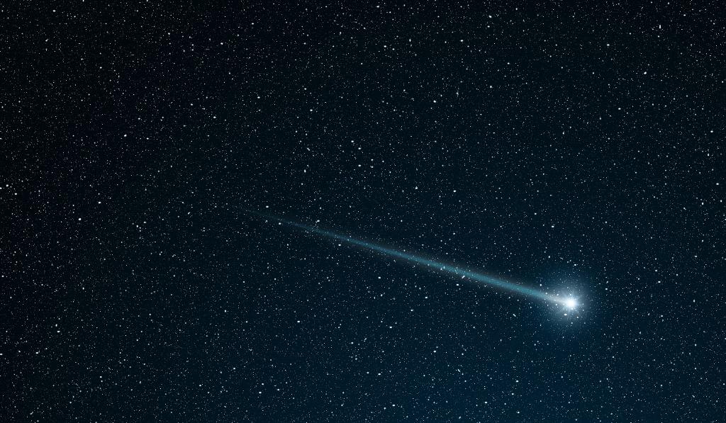 """Astronomia, la cometa Atlas si dirige verso la Terra: """"evento rarissimo, sarà luminosa come la Luna. Spettacolo straordinario ad Aprile e Maggio"""""""