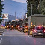 Coronavirus, a Bergamo non c'è più posto per le salme: enorme colonna di mezzi militari trasporta i feretri verso altre località [FOTO]