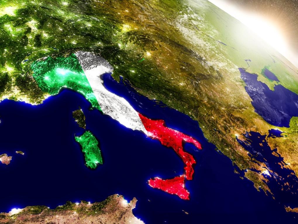 italia bandiera notte mappa