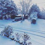 """Maltempo, il """"Ciclone di Neve"""" riporta l'Italia in Inverno: bufere al Sud, imbiancate le spiagge adriatiche e le colline della Toscana [FOTO e VIDEO]"""