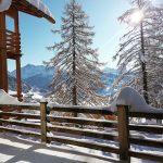 Maltempo, l'Inverno ruggisce in Primavera: 2 metri di neve al suolo sulle Dolomiti venete, imbiancata anche Cortina d'Ampezzo [FOTO e VIDEO]